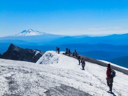 hiking-snowy-peaks
