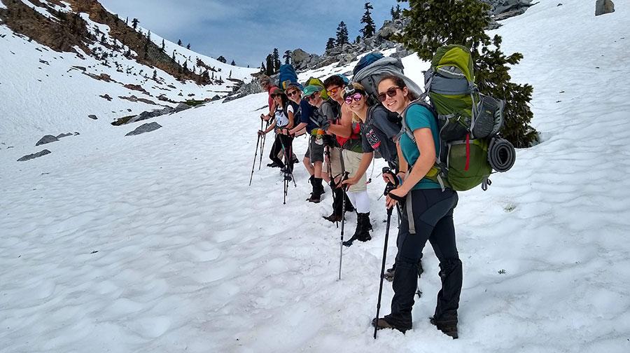 teenagers climbing mt shasta in california